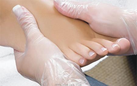 糖尿病 - 足部皮肤的护理和保养